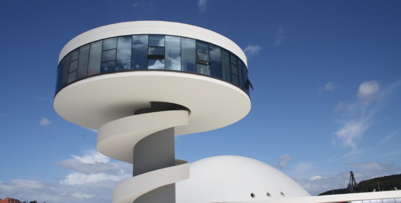 Centro_Niemeyer,_Avilés,_Asturias_(España_Spain)