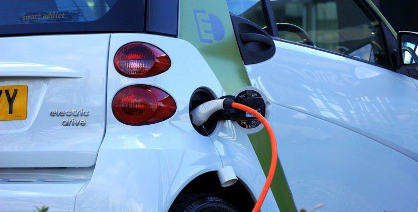 electric-car-1458836_1280