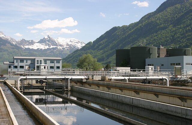 sewage-plant-4337156_640