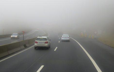 Altera o Regulamento de Atribuição de Matrícula a Veículos